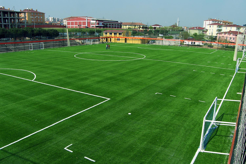 kurtkoy spor klubu profesyonel futbol sahasi 1