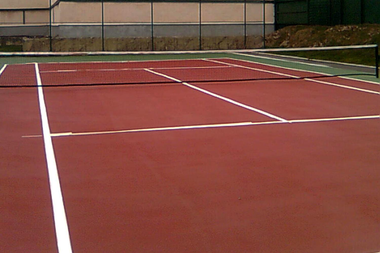 romanya akrilik zemin tenis kortu